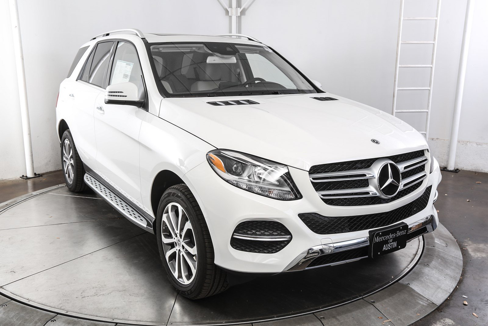 gle in inventory wheel drive benz new mercedes rear suv austin