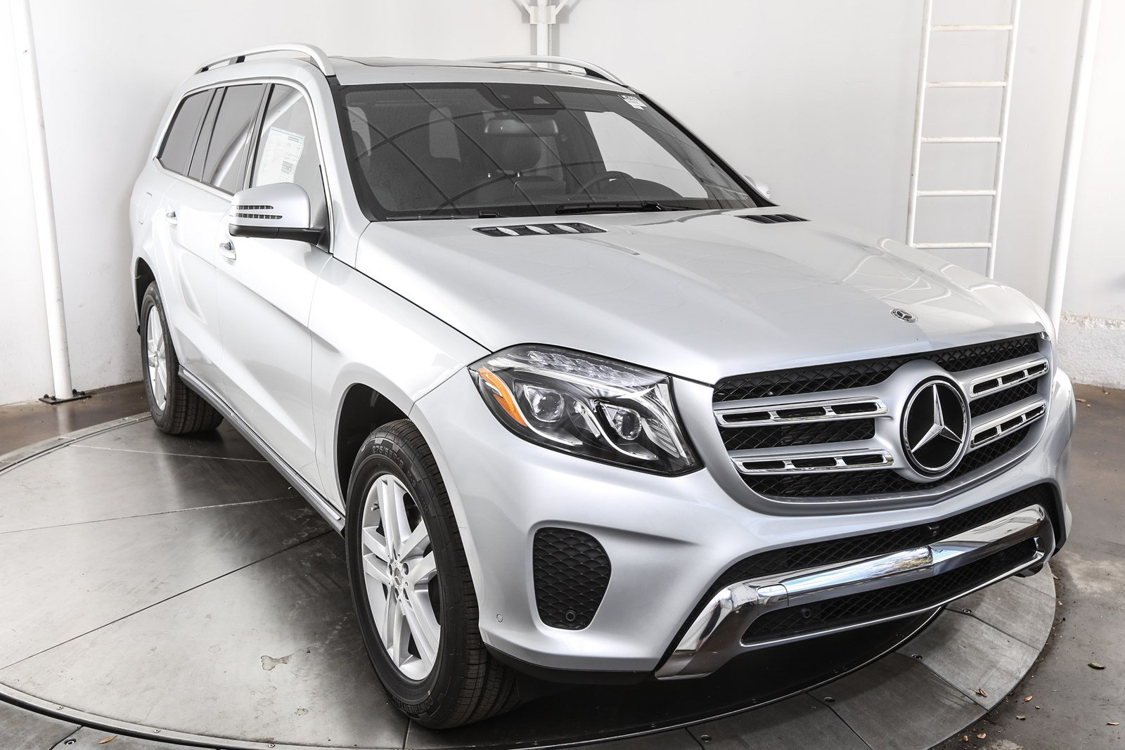 New 2018 mercedes benz gls gls 450 suv in austin m57859 for Mercedes benz 450