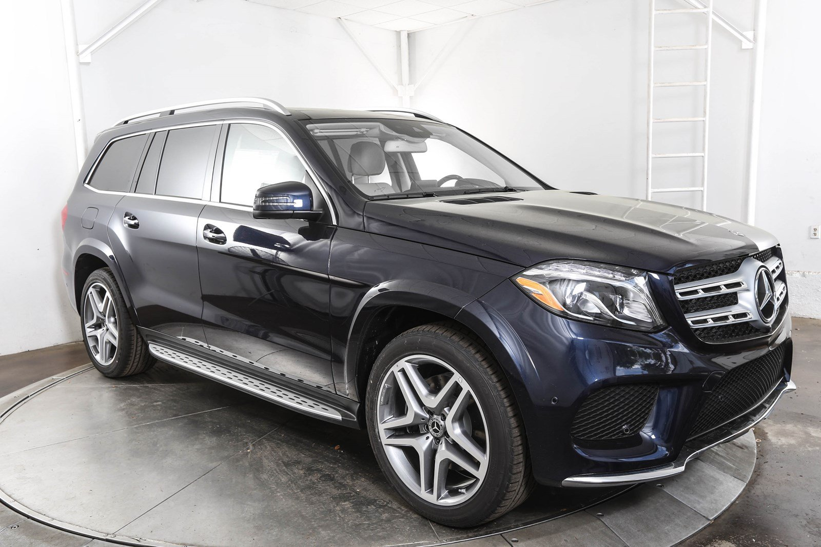 New 2018 mercedes benz gls gls 550 suv in austin m58434 for Schedule c service mercedes benz