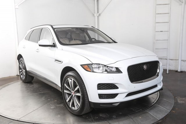 Pre-Owned 2019 Jaguar F-PACE 25t Prestige With Navigation & AWD