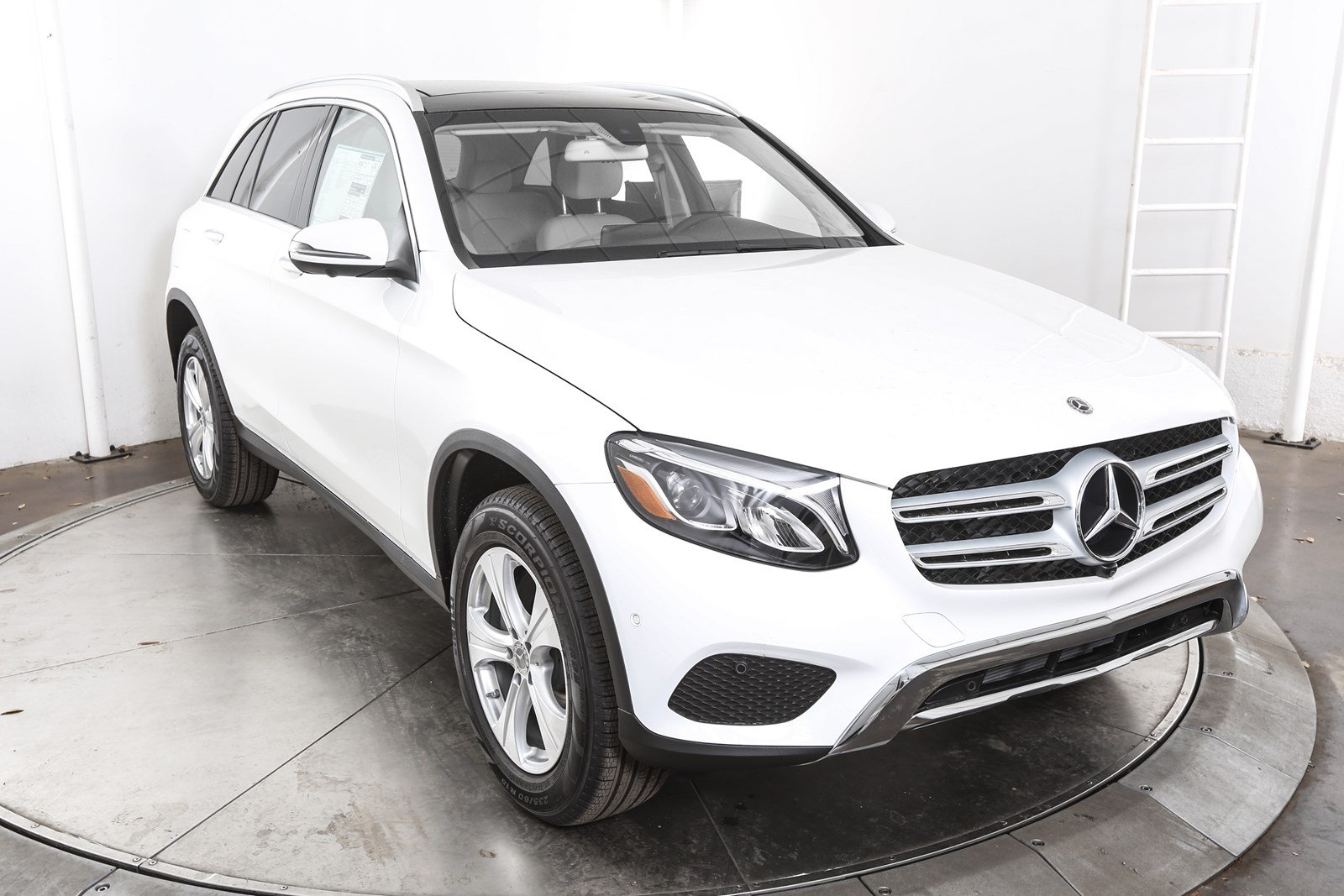 Certified pre owned 2018 mercedes benz glc glc 300 suv in for Certified mercedes benz