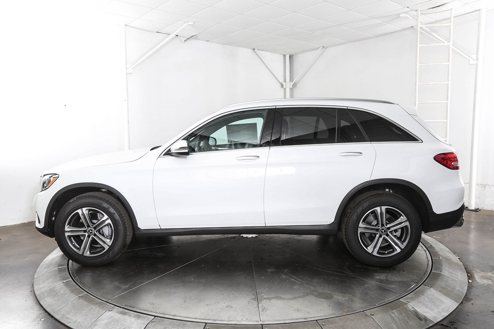 Pre-Owned 2019 Mercedes-Benz GLC GLC 300 4D Sport Utility in