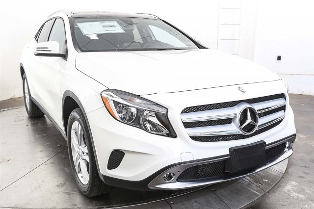 New 2017 mercedes benz gla 250 suv in austin m56069 for 2017 mercedes benz gla250 suv