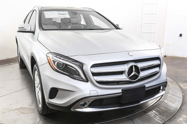 New 2017 mercedes benz gla 250 suv in austin m56077 for 2017 mercedes benz gla250 suv