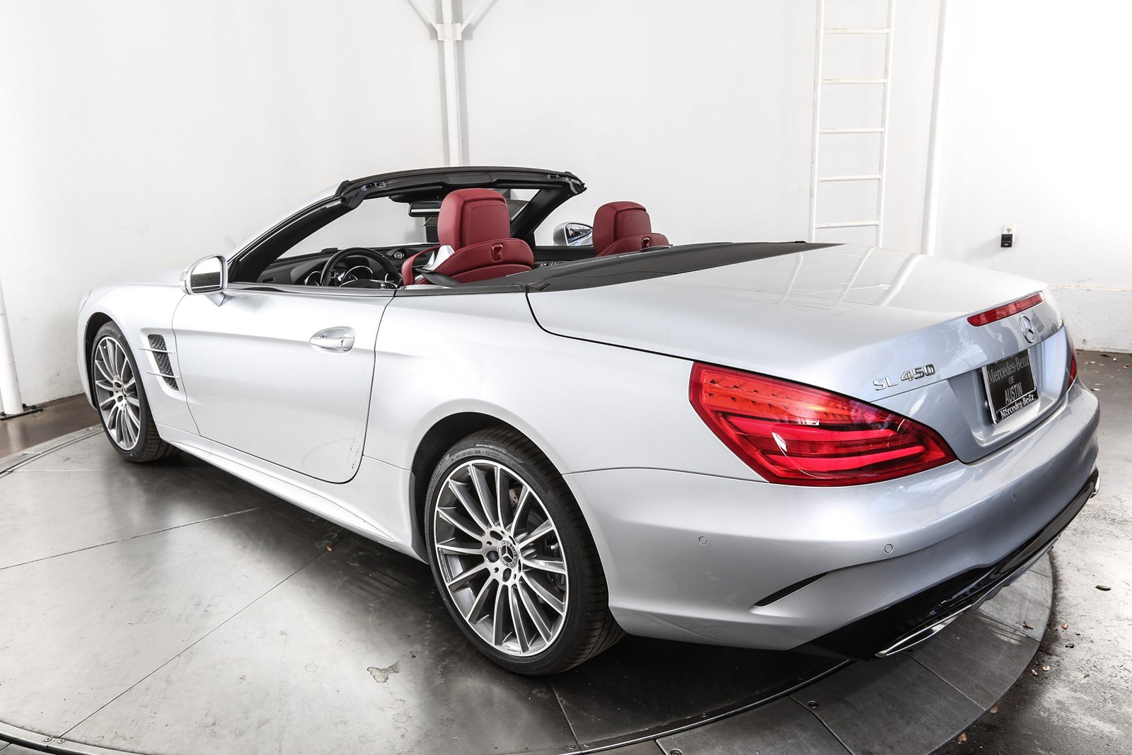 new 2018 mercedes benz sl class sl 450 roadster in austin m57874 mercedes benz of austin. Black Bedroom Furniture Sets. Home Design Ideas