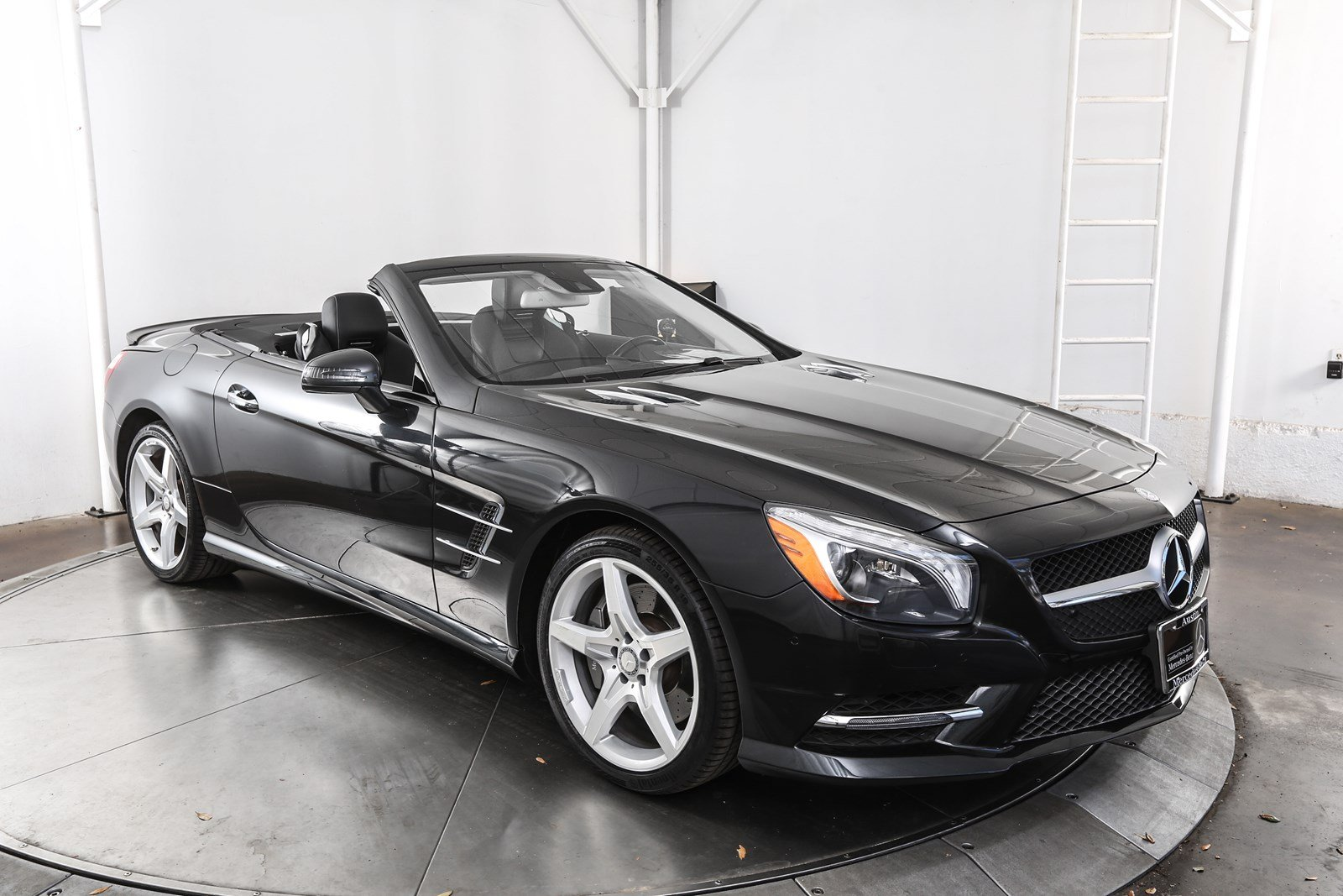 Certified pre owned 2014 mercedes benz sl class sl 550 for Certified pre owned mercedes benz
