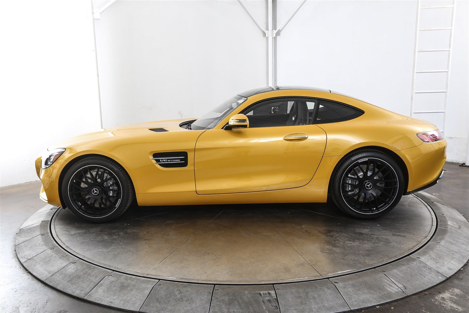 New 2017 mercedes benz amg gt coupe in austin m26222 for Mercedes benz of austin